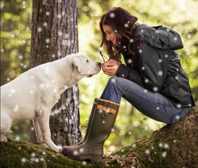 Keep your feet cosy this winter with a pair of our fantastic Wellington boots. We stock a huge range, including Le Chameau, Hunter and Ariat just to name a few.