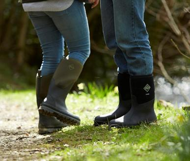 FOOTWEAR FIT FOR ALL COUNTRY PURSUITS