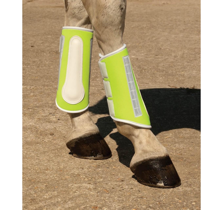 Brushing Boots Yellow Full