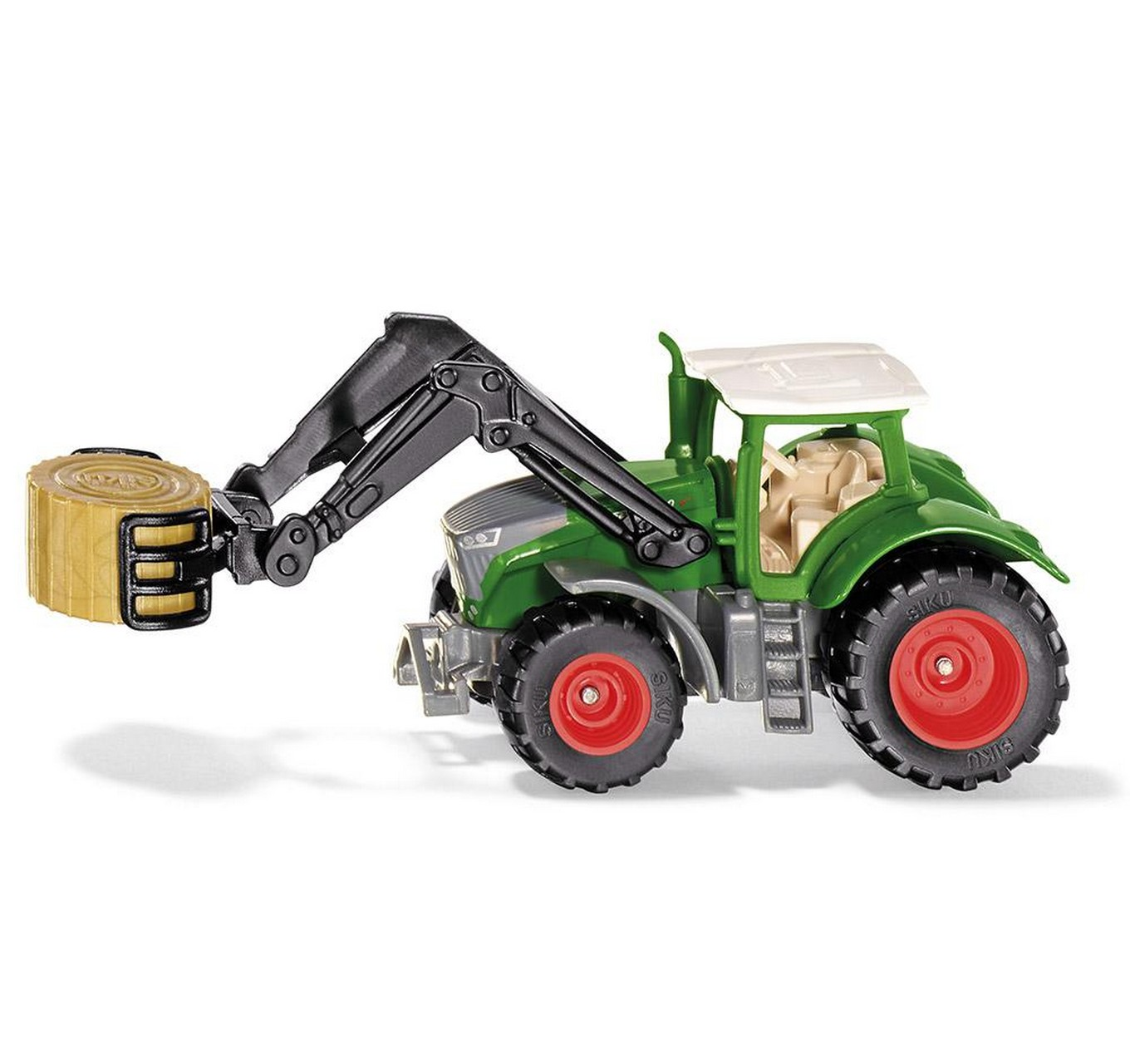 Fendt with Bale Grab