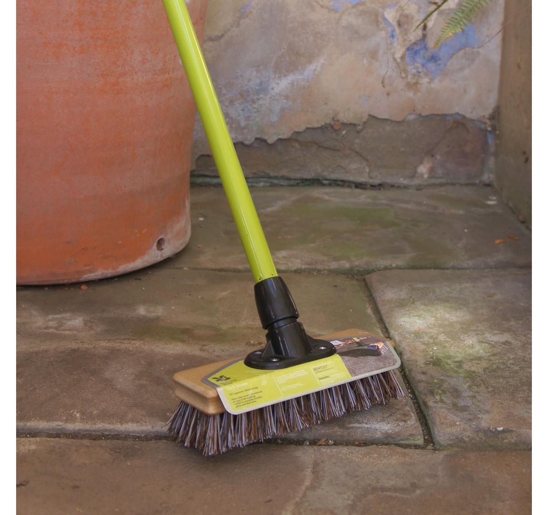 NT Deck Broom 9