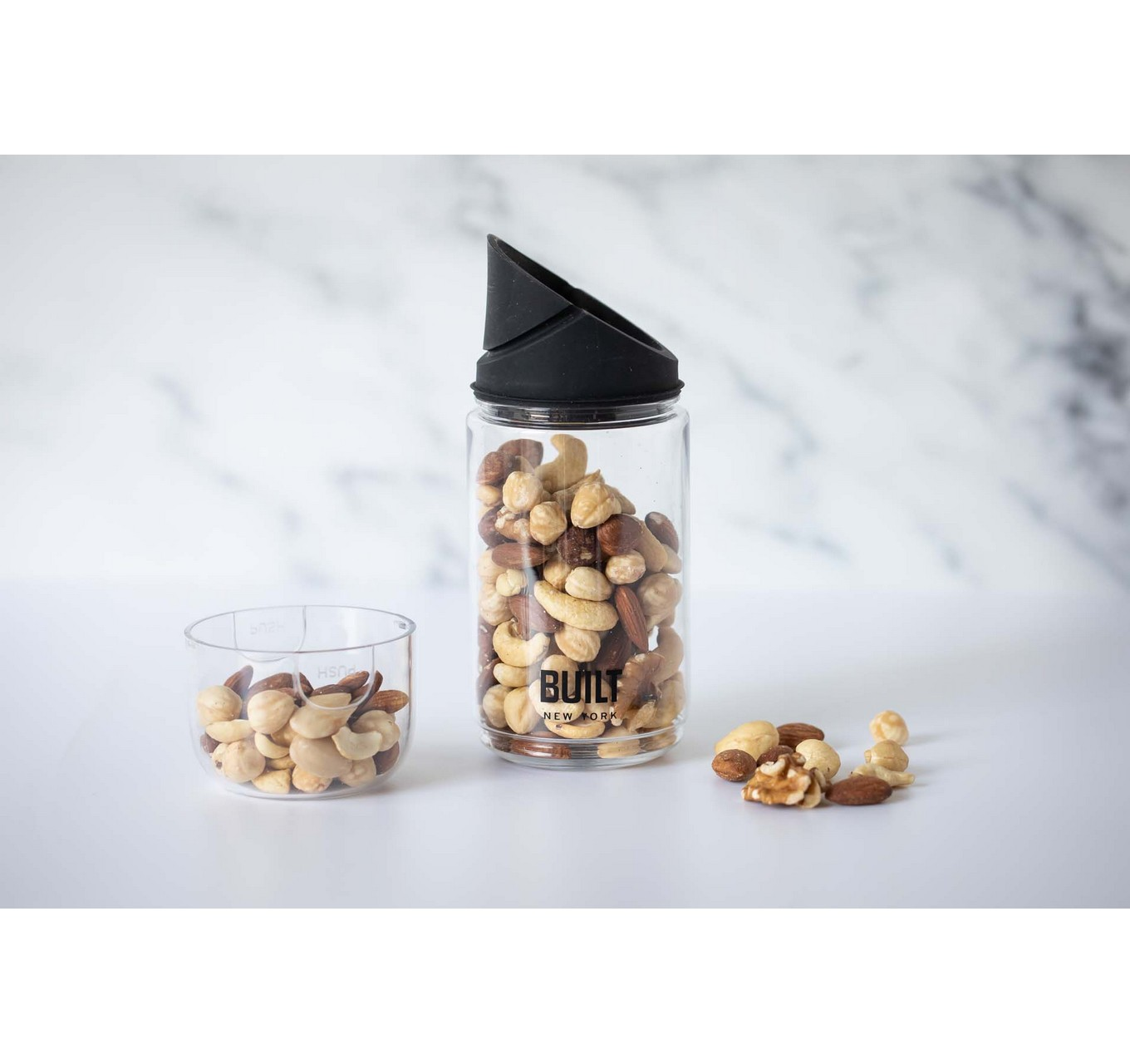 Built Snack Pot with Lid 400ml