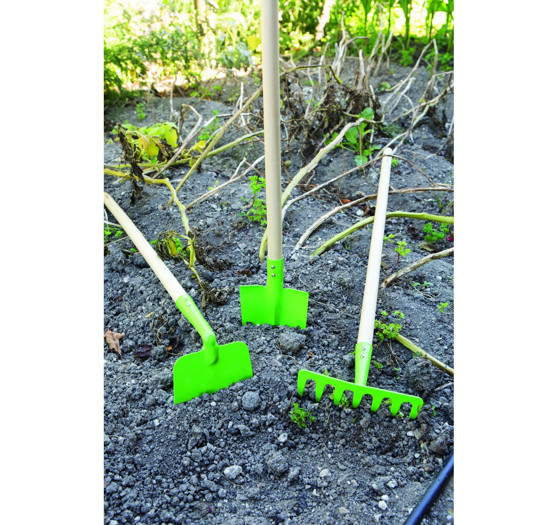 Long Handled Soil Rake
